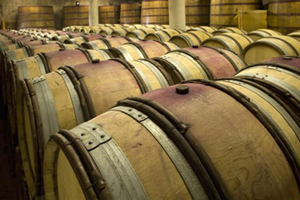 tourettes-vinif-tonneaux